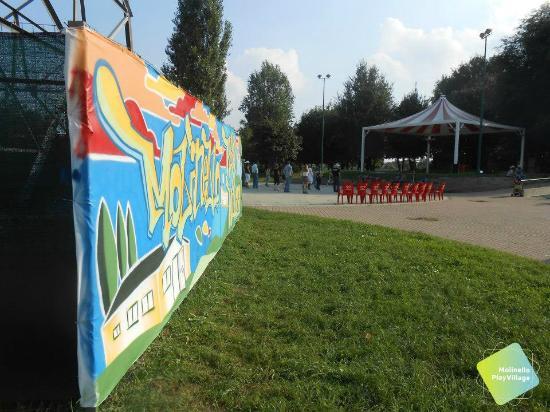 molinello-play-village