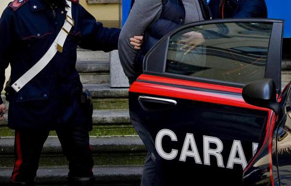 arresto-carabinieri-2015