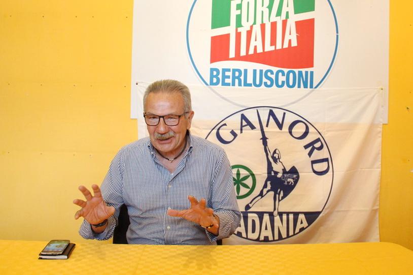 Conferenza stampa Sindaco Gianbattista Fratus 01 - Sempione News