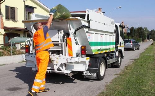 lavoro-raccolta-rifiuti