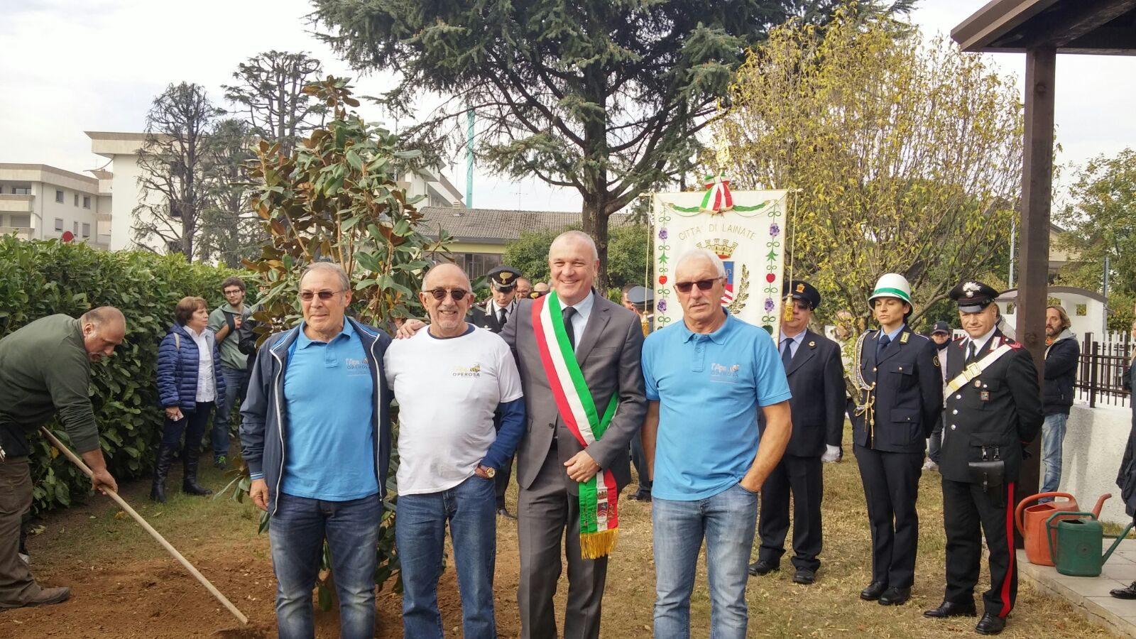 sindaco + Associazione Ape Operaia