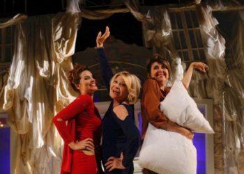 Queste-pazze-donne - cinema teatro manzoni