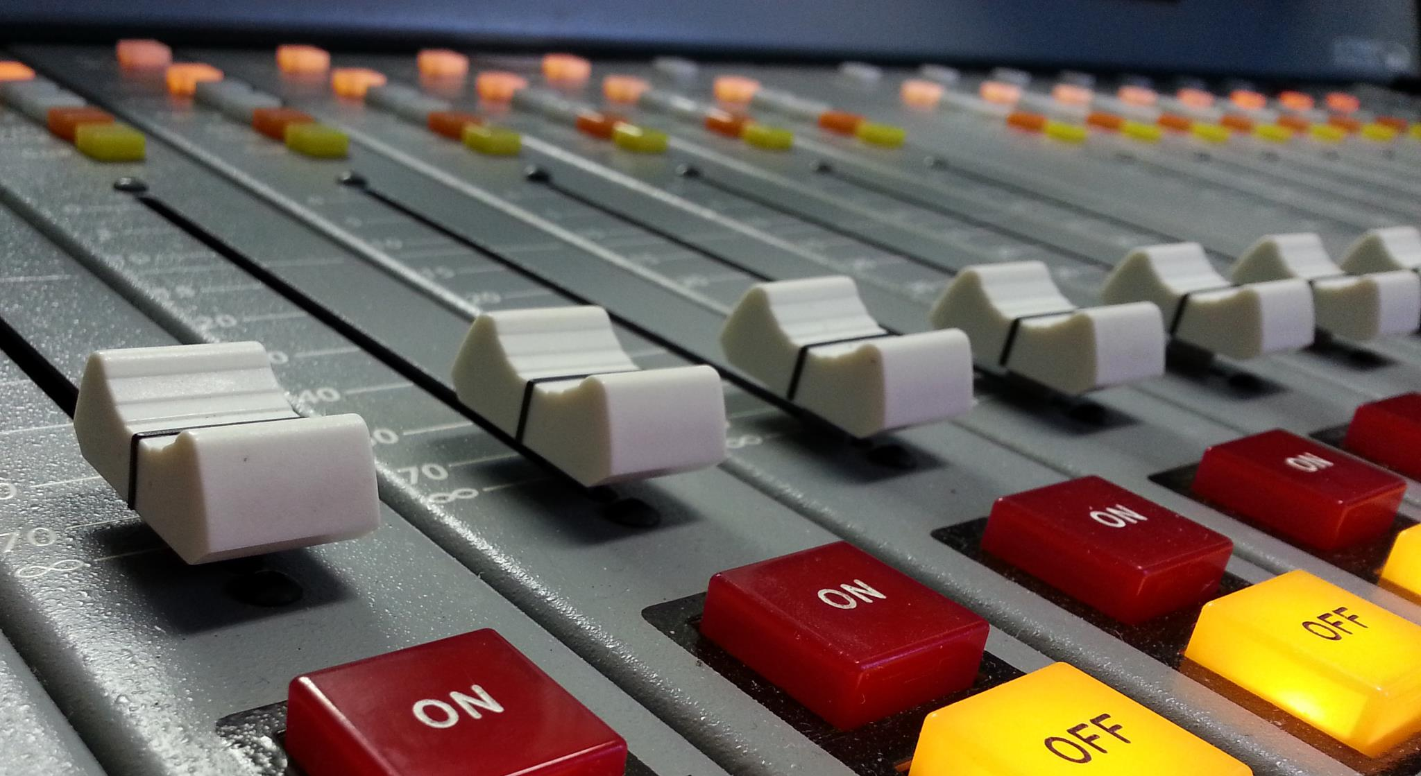 consolle radio