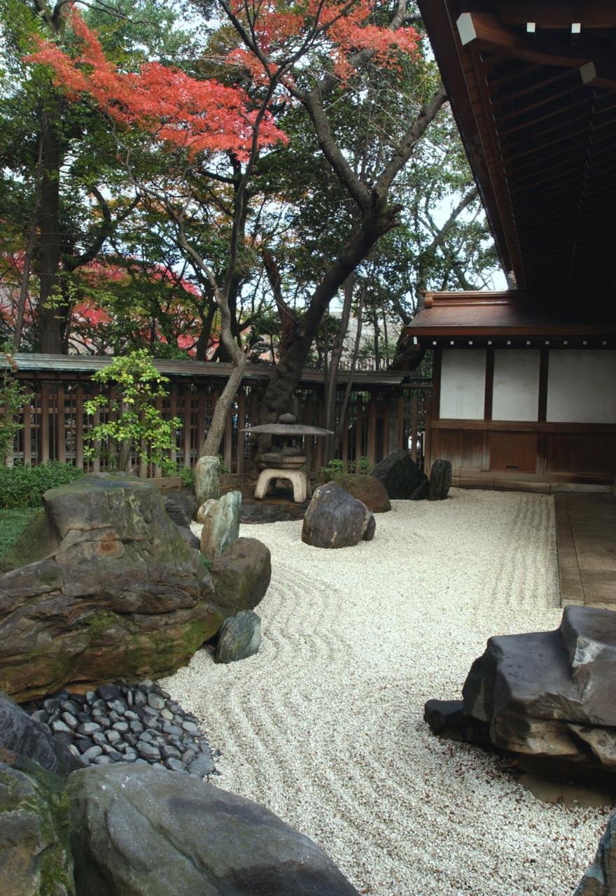 Giardino Zen Bonseki : Fuorisalone crespi bonsai porta il ryoan ji a milano