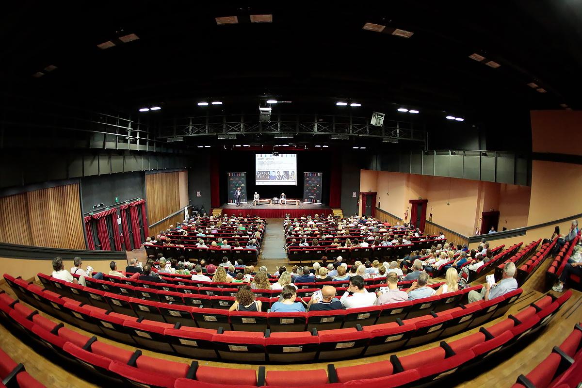 Conferenza presentazione stagione Teatro Giuditta Pasta - Saronno (2)
