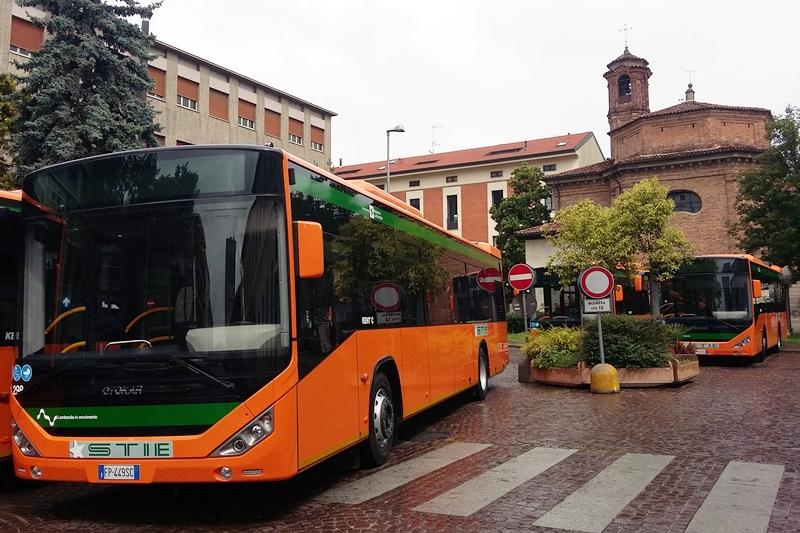 presentazione autobus busto arsizio (2)