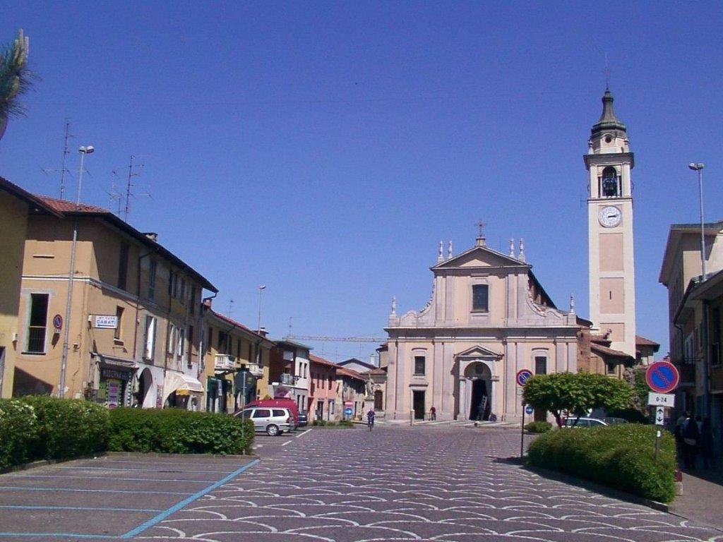 Piazza Mazzini_Castano