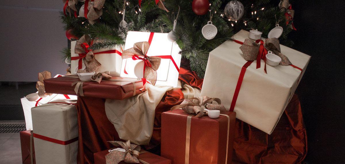 Vendita Regali Di Natale Riciclati.Regifting Come Riciclare I Regali Di Natale Indesiderati Sempione News