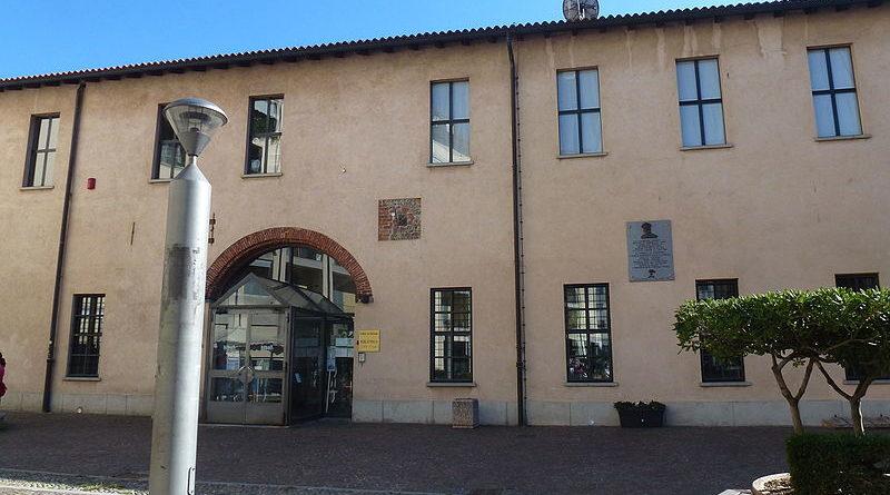 Biblioteca_Comunale_-_Palazzo_Seccoborella_bollate