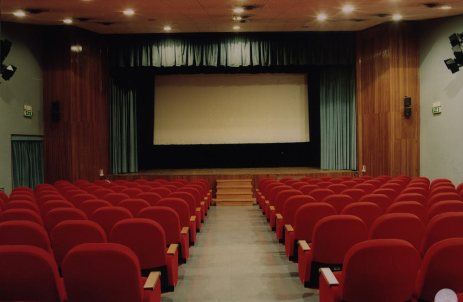 cinemateatronuovo-magenta