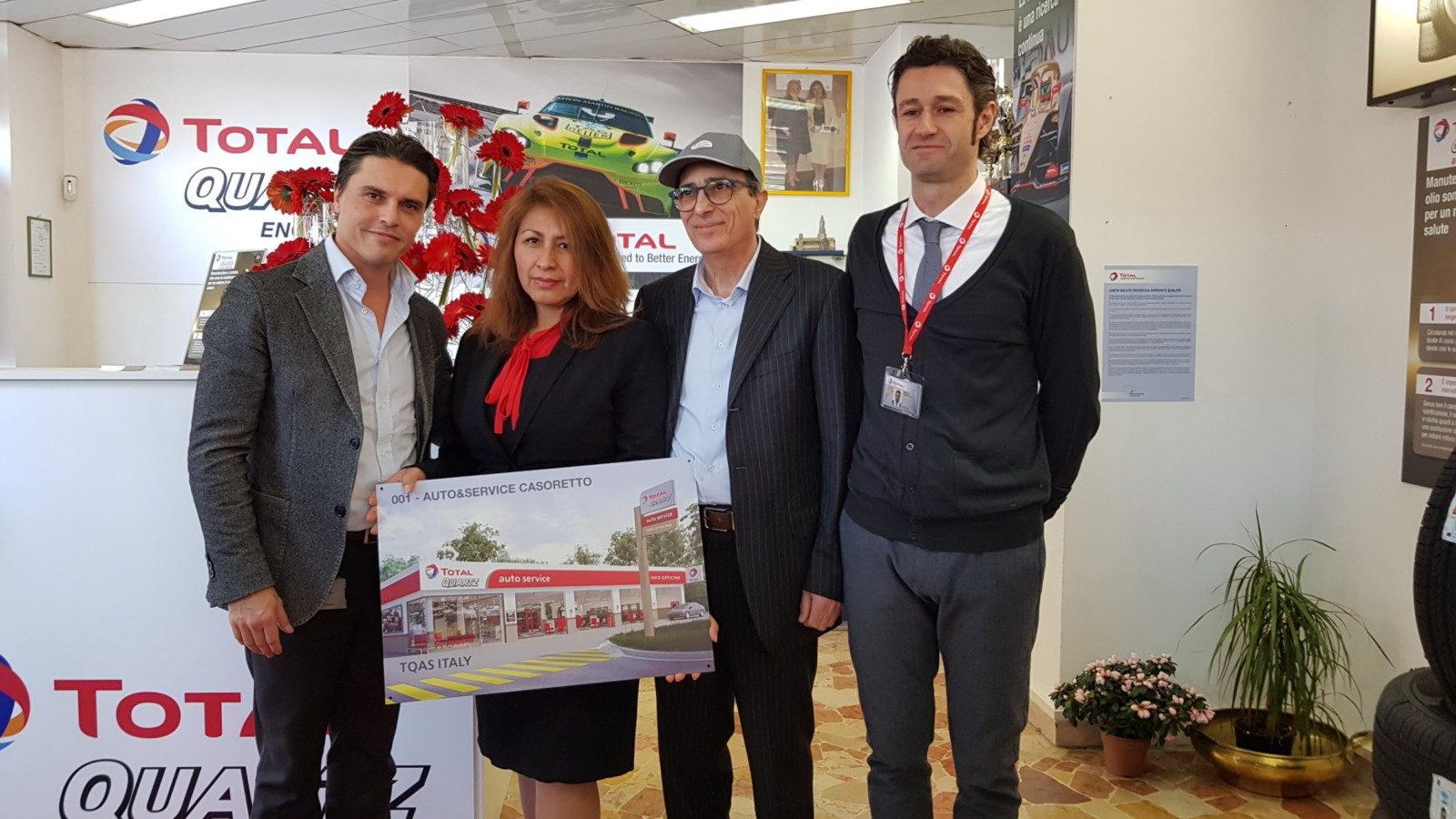 Inaugurazione prima Total Quartz Auto Service_foto di gruppo