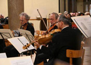 Orchestra Amadeus - Dixit Dominus- Chiesa Santa Teresa Legnano - 16 3 19 (19)