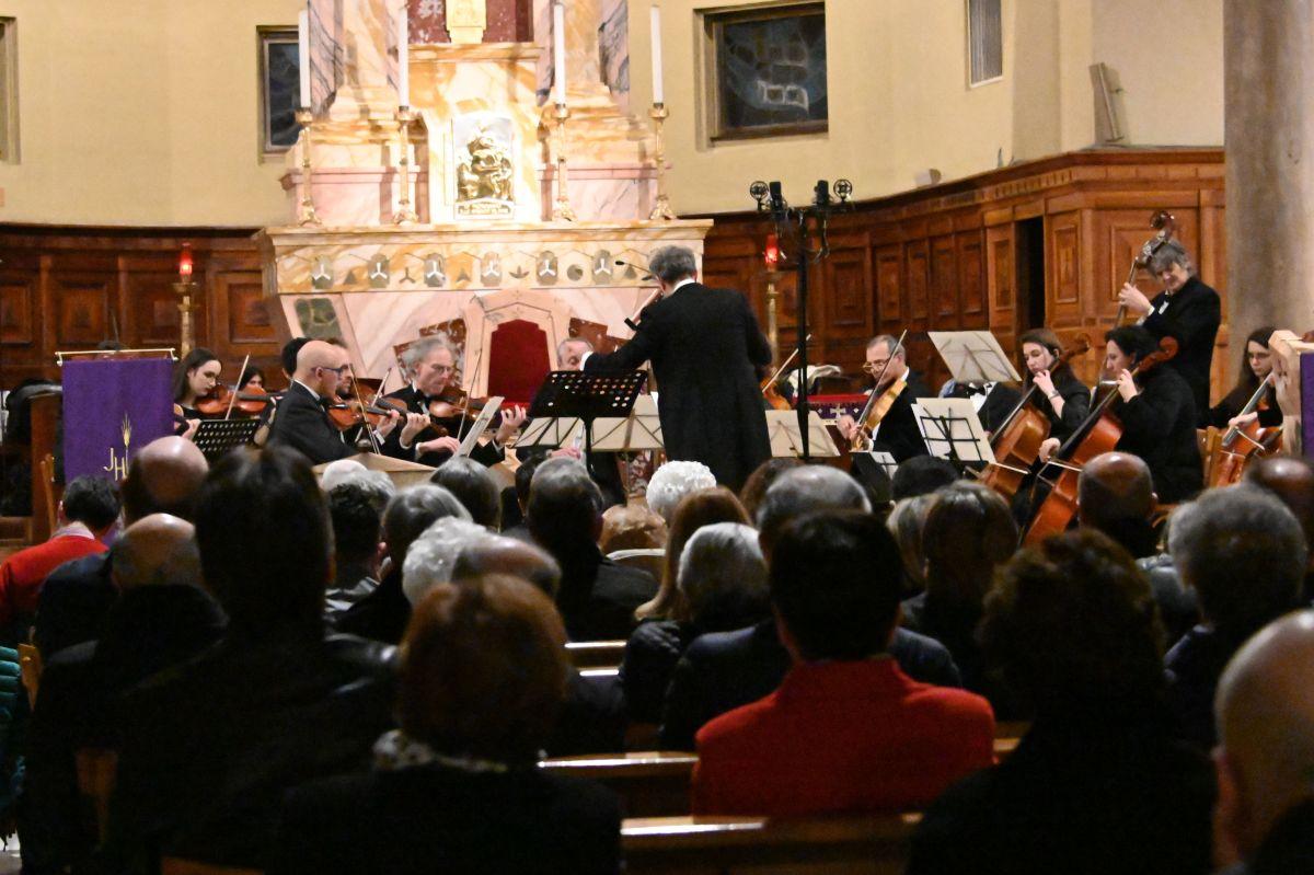 Orchestra Amadeus - Dixit Dominus- Chiesa Santa Teresa Legnano - 16 3 19 (24)