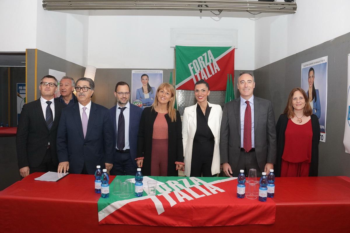 Presentazione Roberta Paparatto Europee 01 - Sempione News