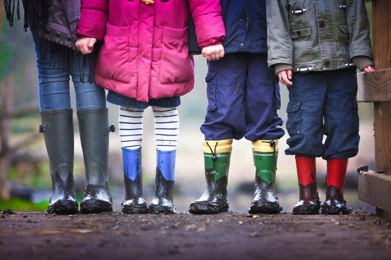 bambini - ragazzi - gioco - amici - giornata nazionale dei diritti dell'infanzia e dell'adolescenza - bambine