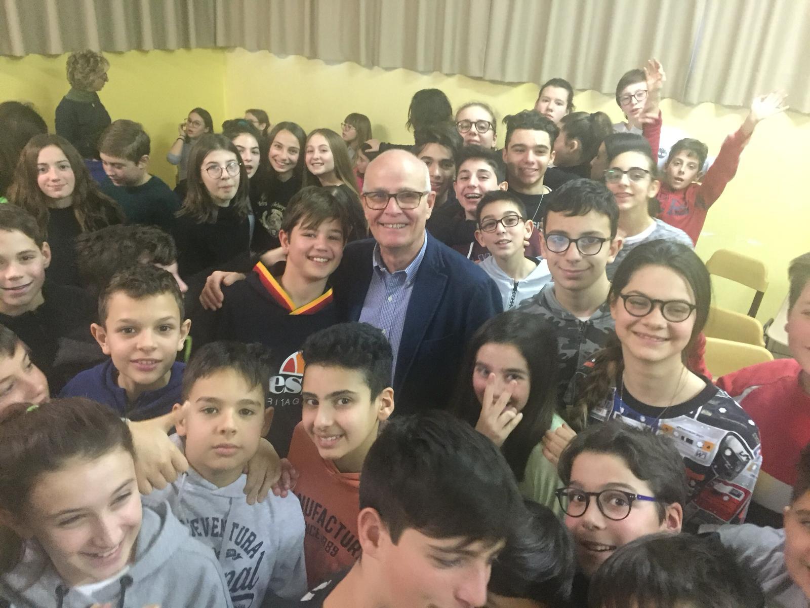 Salvatore Forte - scuole Giovanni Paolo II Cerro Maggiore (2)