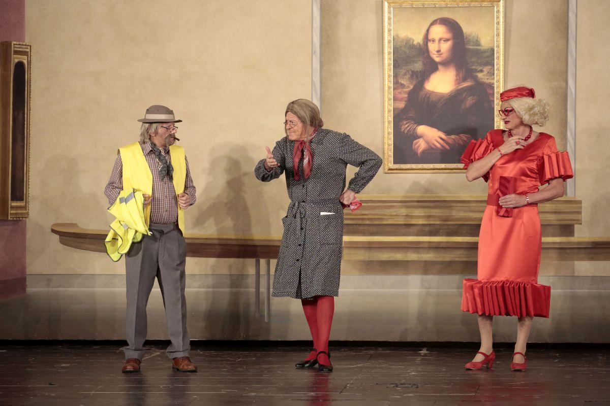 """""""Non ci resta che ridere"""", il nuovo spettacolo de """"I Legnanesi"""" ritorna a """"casa"""" al Teatro Galleria."""
