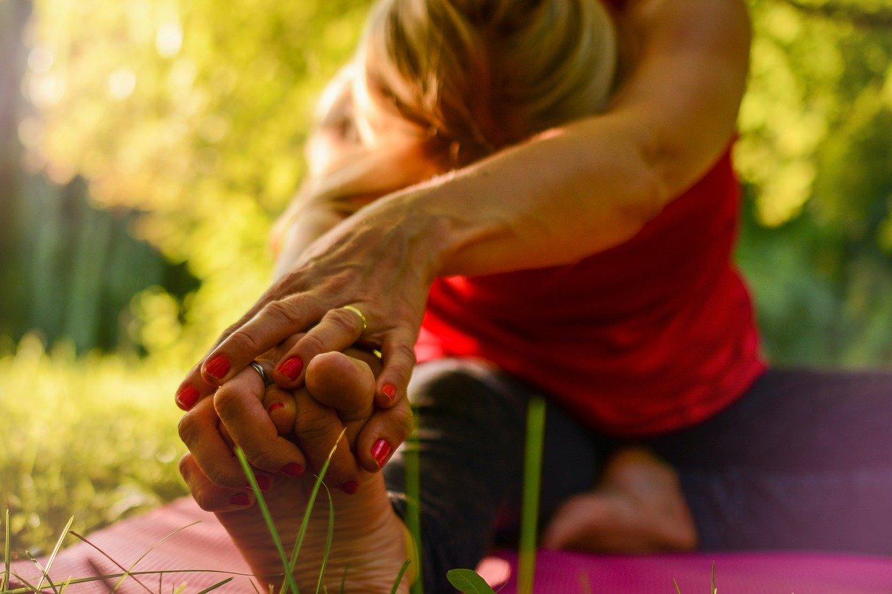 esercizi fisici sport yoga