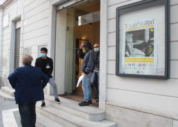 inaugurazione Duemilalibri 2020 Teatro Condominio Gallarate (1)