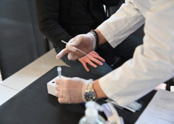Primi tamponi rapidi - Farmacia Guarnieri - Legnano _31_p1
