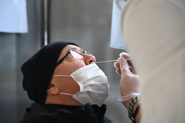Primi tamponi rapidi - Farmacia Guarnieri - Legnano _34_p1