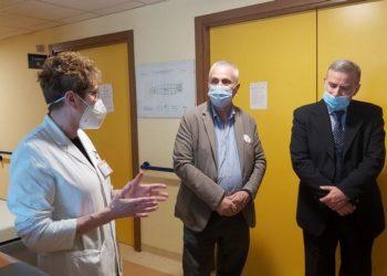 fulvio odinolfi angelo gazzaniga donazione frigo ospedale cuggiono (1)