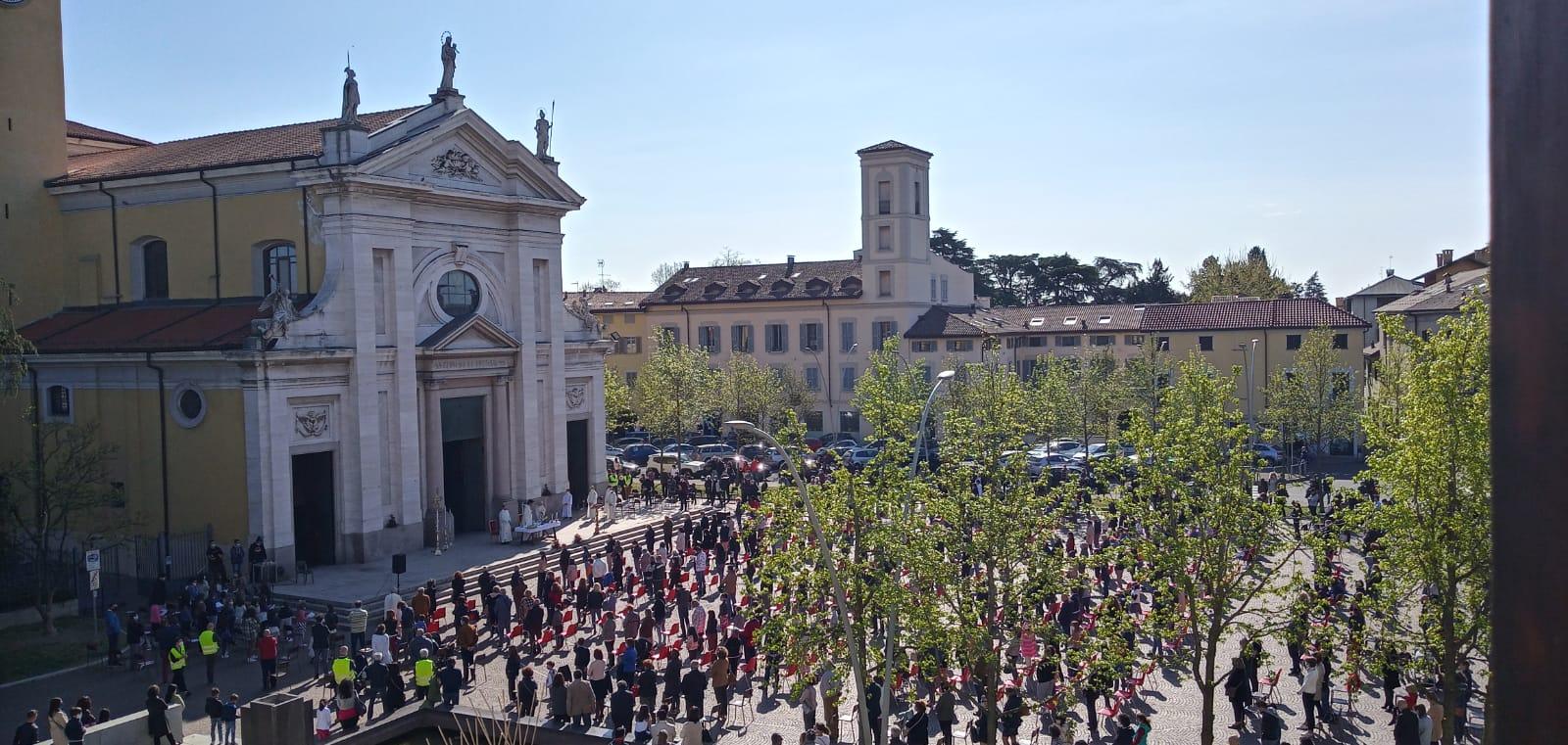 La Messa a Parabiago all'aperto