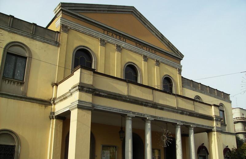 teatro-sociale-delia-cajelli-busto-esterno 2
