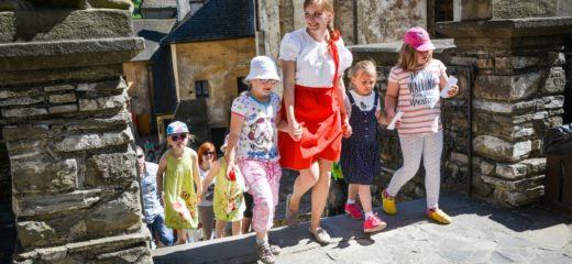 Medzinárodný deň detí na Oravskom hrade a Oravskej lesnej železnici
