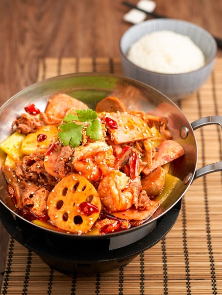 Mixed Griddled Spicy Pot of Beef, Beef Tripe and Shrimp