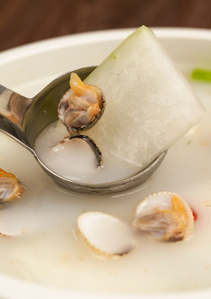 Soup of Winter Melon and Clams ( big bowl)