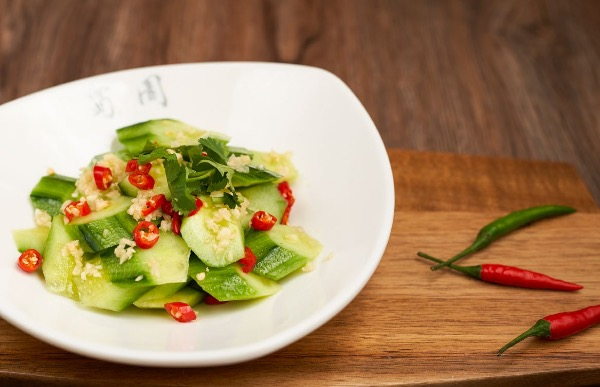 Spicy and Sour cucumber Salad