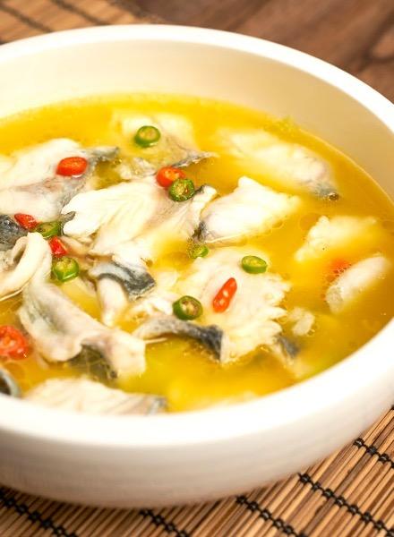 山珍靓肤鱼🌶🌶🌶  Stewed Sea Bass with Mushroom soup