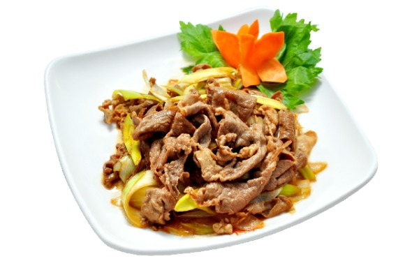 Sautéed Sliced Lamb with Scallion 葱爆羊肉