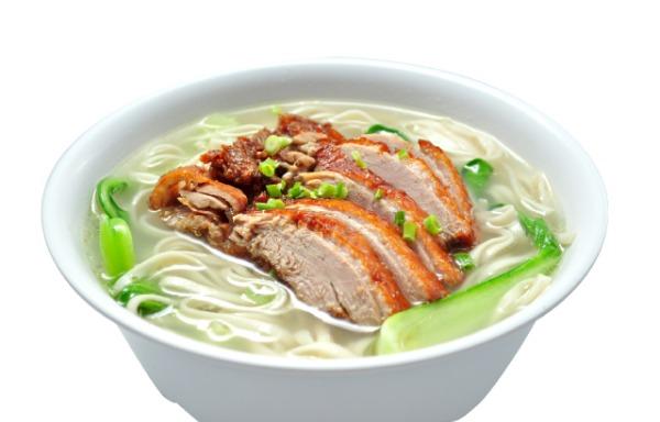 Soupe de nouilles au canard 烤鸭汤面