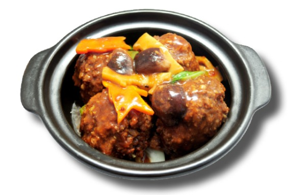Stewed Pork Ball in Brown Sauce big 红烧狮子头(大)