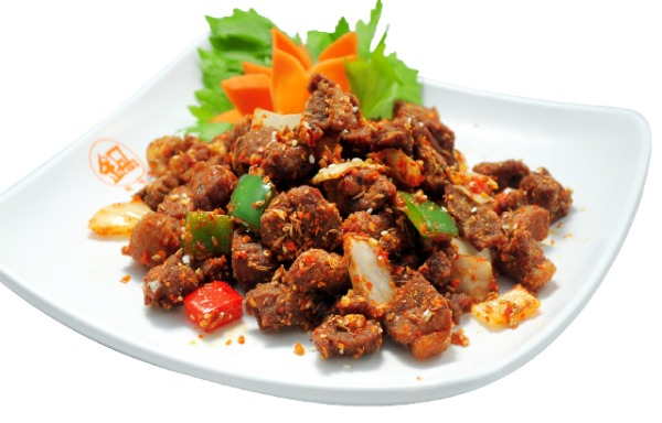 Sautéed Beef Fillet with Black Pepper 黑椒牛肉