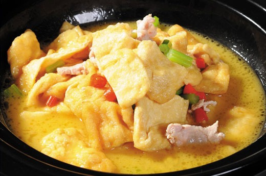 鸡汤煨老豆腐 Marmité de poulet et Tofu