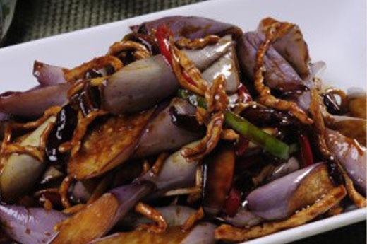 鱼香茄子 Marmite d'aubergine au porc à la sauce YU Xiang