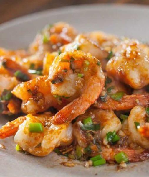 P1 crevettes à la sauce piquant
