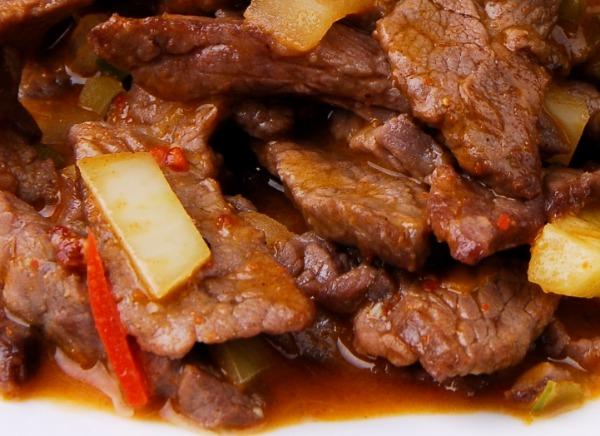P8 bœuf à la sauce piquante
