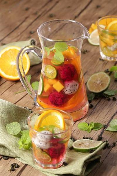 特调水果茶
