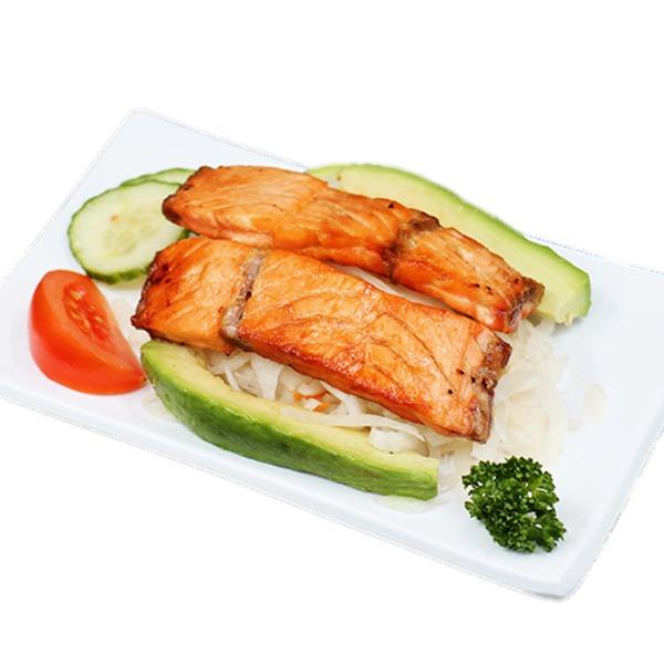 H21-salade de chou au saumon grillé et avocat