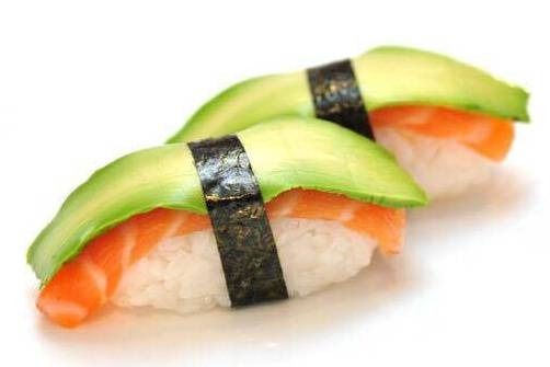 SU3. Sushi saumon avocat