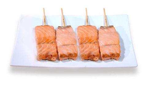 M2A:menu 4 brochettes saumon