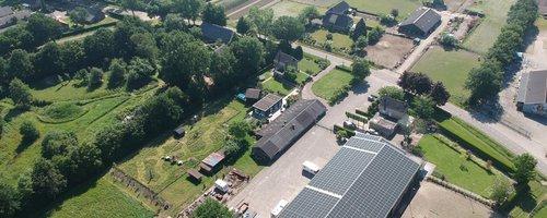 Zonnedak van der Linden met financiering van Zonlease van ZonnepanelenDelen.JPG